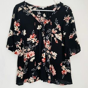 AMERICAN EAGLE Floral Short Sleeve Blouse Top